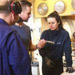 SCMmedewerkers leren denken vanuit hout